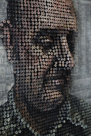 Lovely 3D portraits by California-based sculptor and painter, Andrew Myers, composed of thousands of painted screws.